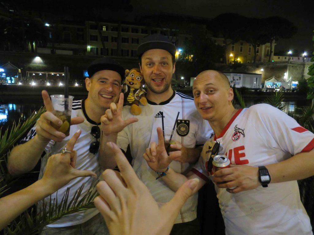 Feiern nach dem Deutschland spiel - blind booking Rom