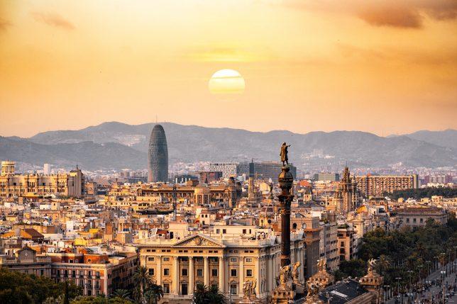 silvester barcelona kurztrip kurzurlaub städtereise